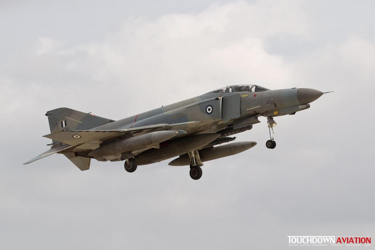 F-4E (AUP) Phantom II - 01528 - 339 MPK - Hellenic Air Force